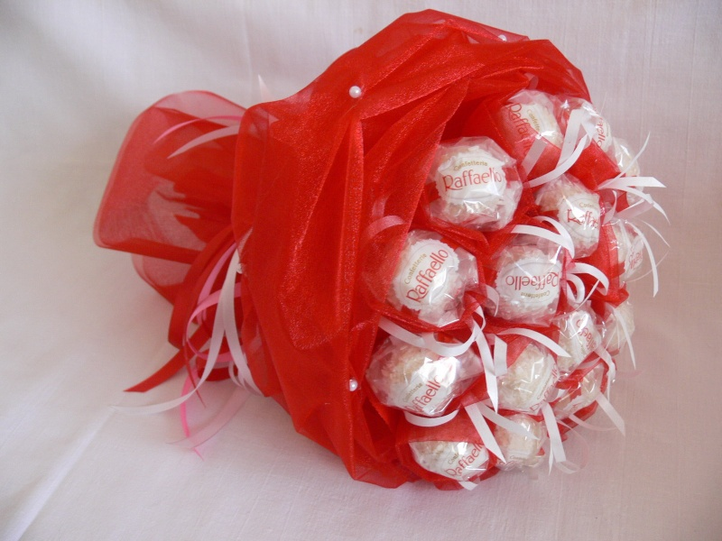 Букеты из органзы с конфетами своими руками