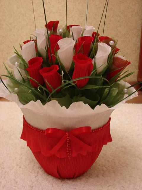 Букет роз с конфетами своими руками