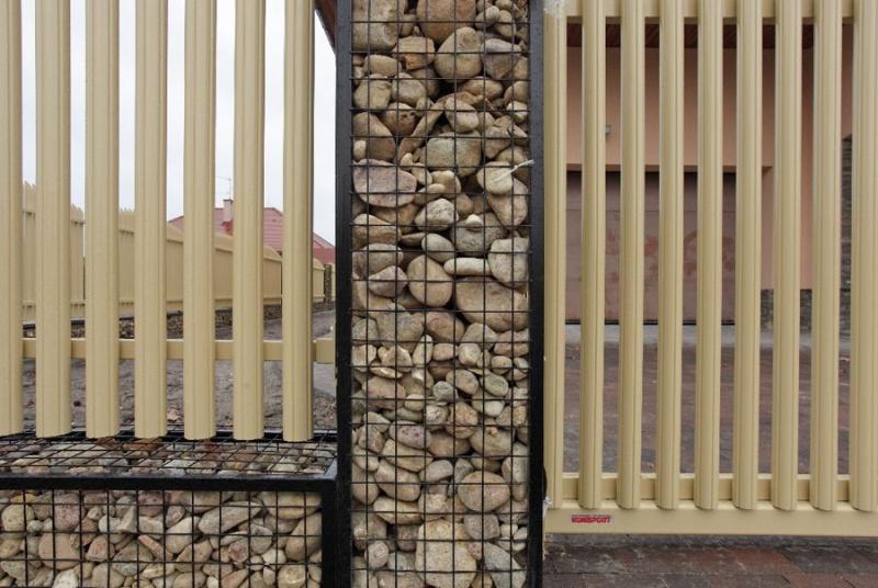 Оригинальный забор своими руками фото