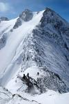 Перевал Контейнер, далее гребень на вершину Кызылташ