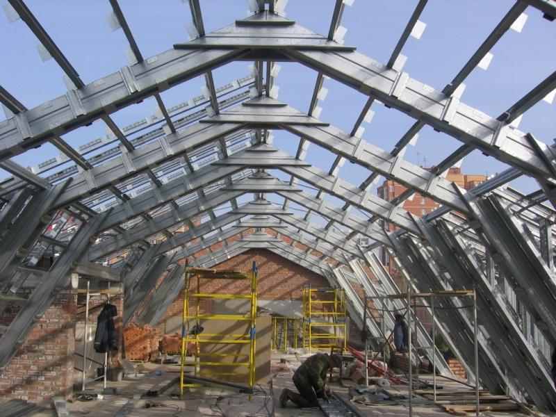 Технология строительства легких конструкций из стали.