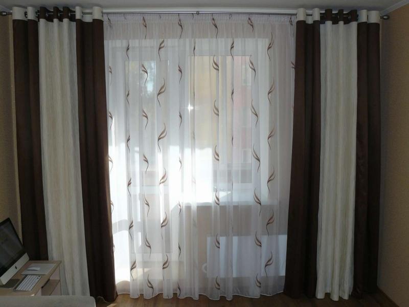 Двойные шторы на люверсах фото