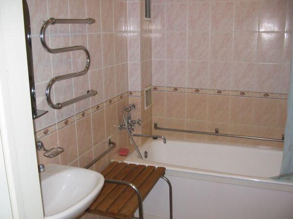 Как сделать поручень для ванны
