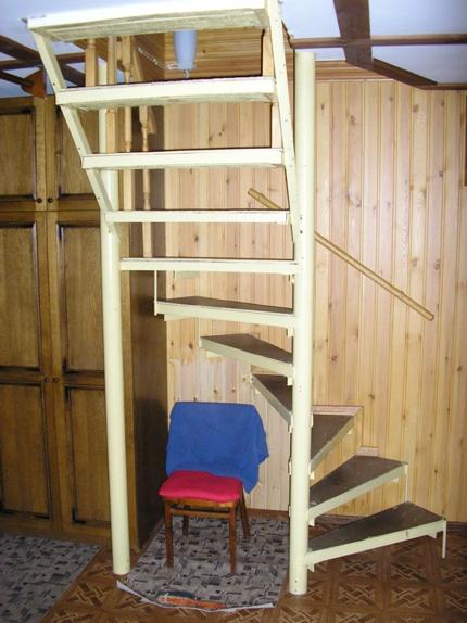 лестница маленькая своими руками