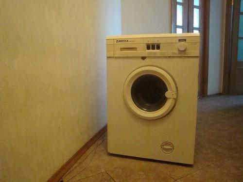 стиральная машинка вятка автомат рабочая самовывоз из заельцовского р-на за символическую плату.