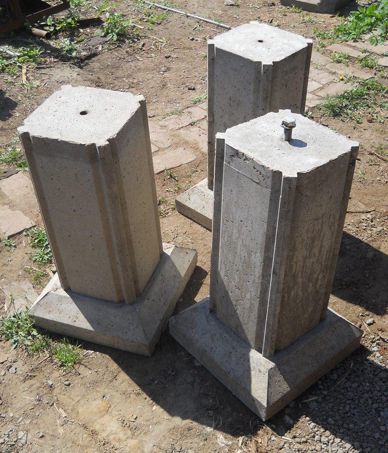 Столбики под фундамент  видео