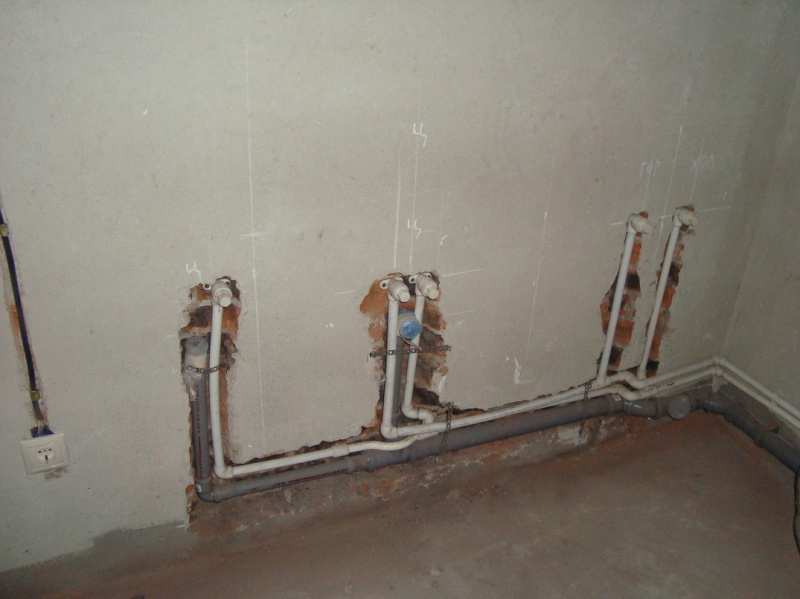 Разводка канализации в ванной и туалете