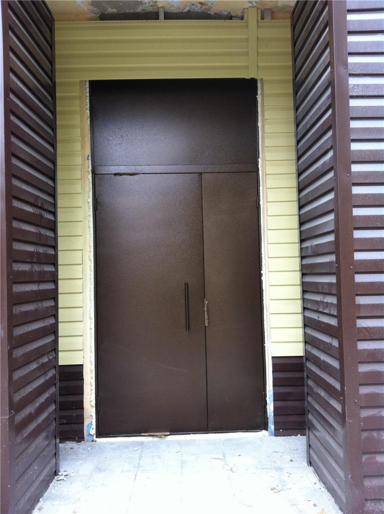 тамбурная металлическая дверь изготовление