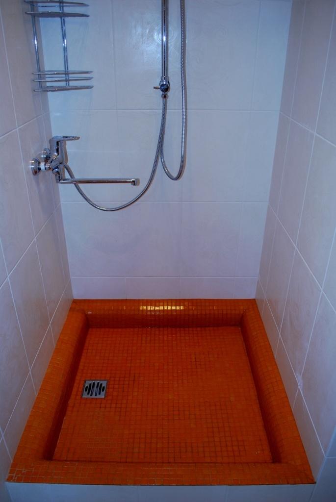 Как сделать душ в доме своими руками