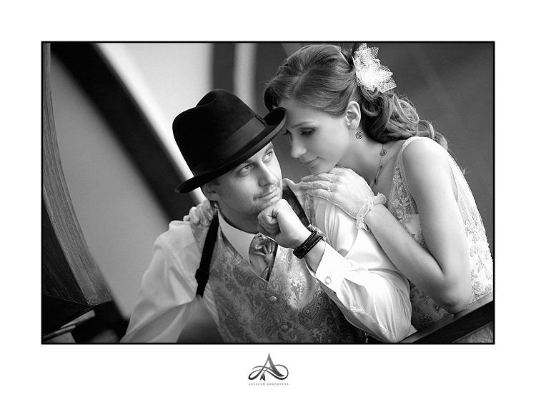 Невеста на свадьбе в стиле ретро не менее прекрасна и очаровательна чем...
