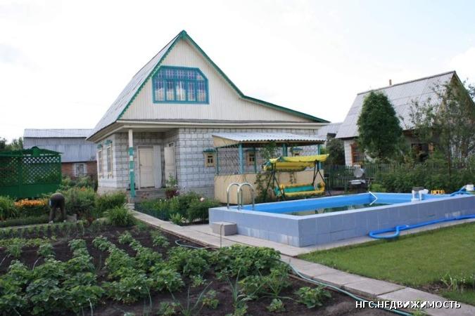 Дача Ковалевского причал 136 большой балкон, 2 комнаты, кухня ,туалет...