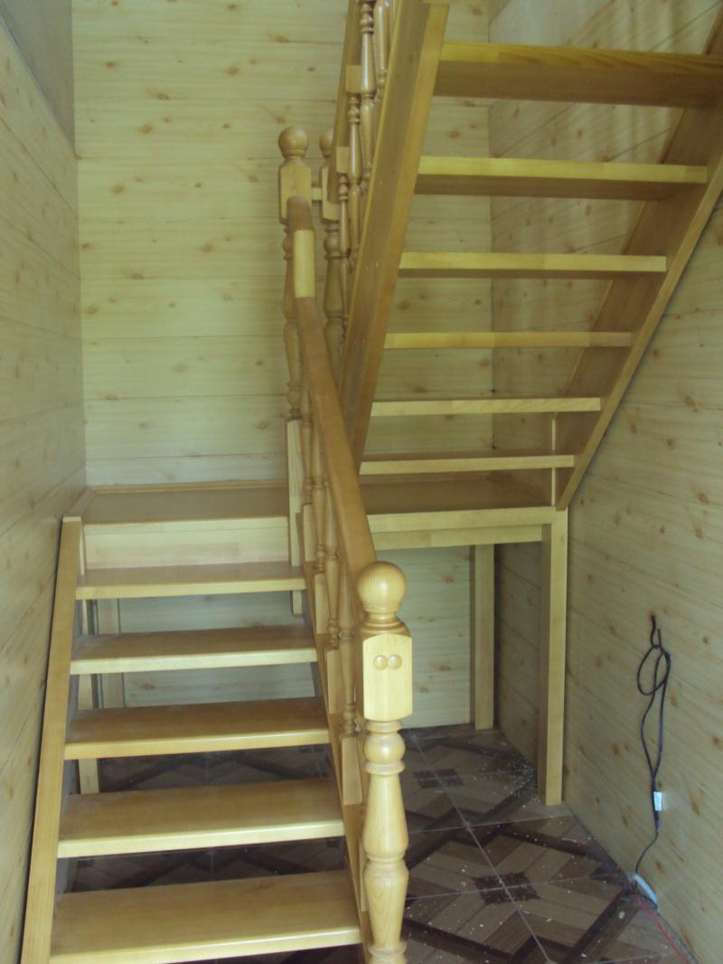 Двухмаршевая лестница своими руками фото